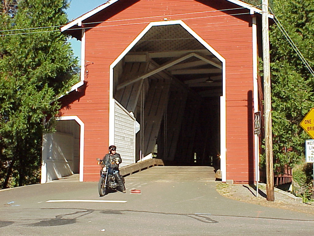 First stop - Photo Op of covered bridge