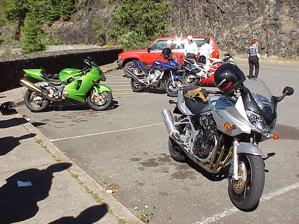 Second stop - Cougar Dam and Lake - Some nice rides
